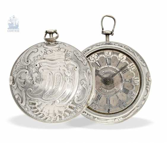 Pocket watch: early English repoussé technology, double-housing Spindeluhr with exceptional housing decoration, Martineau London No. 942, CA. 1720 - photo 7