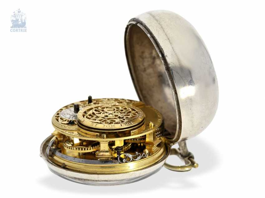 Pocket watch: very beautiful and rare, early Dutch double-housing Spindeluhr with extraordinary Chatelaine with key, Paul Bra(e)mer & Zoon Amsterdam No. 236, CA. 1730-1750 - photo 2