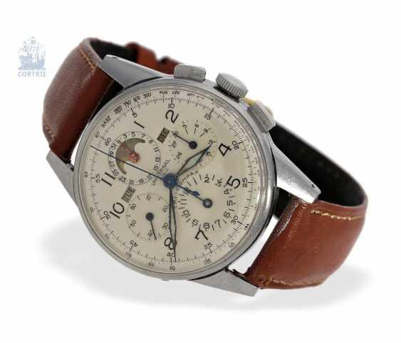 "Armbanduhr: seltener Universal Geneva Chronograph ""Tri-Compax"" Ref. 22258, square 1945 - photo 1"