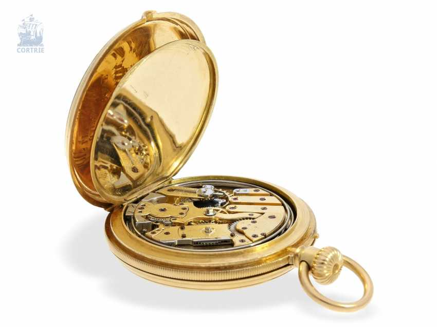 Pocket watch: early, small gold savonnette with Repetition, calibre Le Coultre, Rossel & Fils, Geneve, No. 90279, high fine quality, CA. 1860 - photo 6