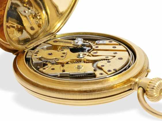 Pocket watch: early, small gold savonnette with Repetition, calibre Le Coultre, Rossel & Fils, Geneve, No. 90279, high fine quality, CA. 1860 - photo 8