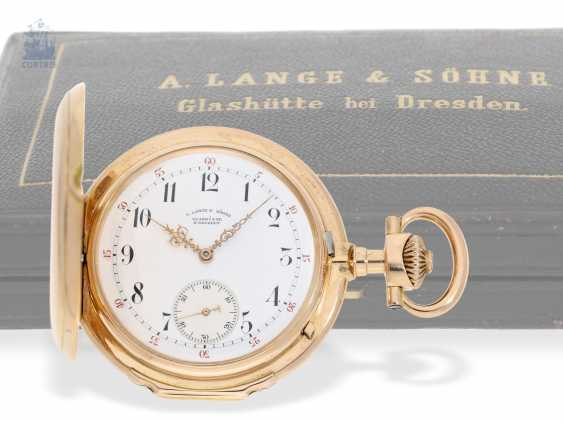 "Pocket watch: important, large, A. Lange & Söhne Anchor chronometer/Prüfchronometer of the Observatory of Leipzig in its rarest Form ""18K rose gold LOUIS XV"", with original box and certificate, No. 27259 1889 - photo 1"