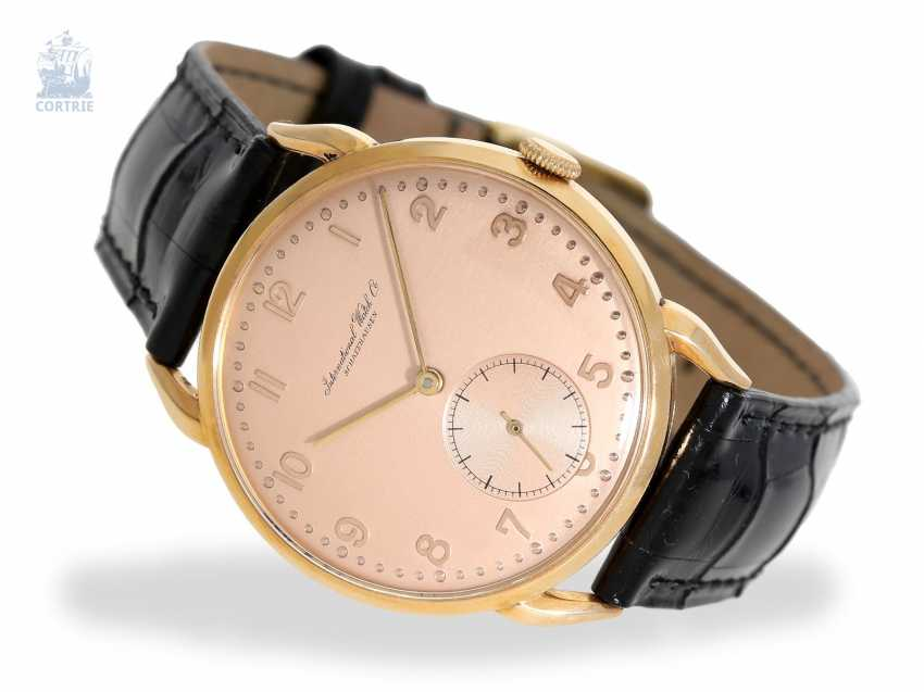 Watch: excellently preserved and rare red gold IWC men's watch with special lugs, Schaffhausen 1946, Expertise - photo 1