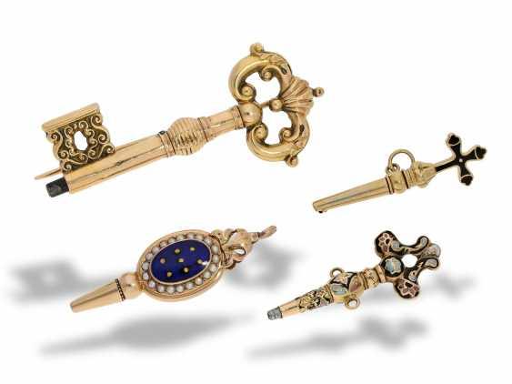 TaschenuhrschlüsseLänge: 4 äußerst seltene Spindeluhrenschlüssel für Emaille-Spindeluhren, ca.1780-1820 - photo 1