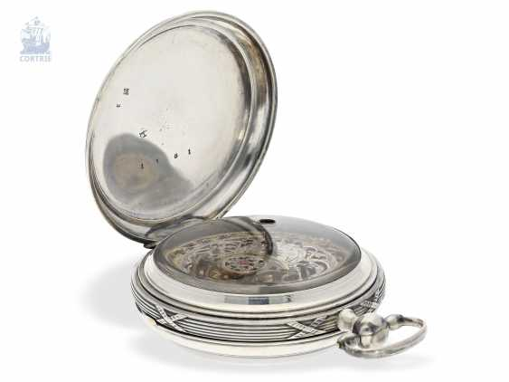 Pocket watch: unique, astronomical Spindeluhr with 3 complications and extremely rare plant decoration, probably Austria, around 1790 - photo 2