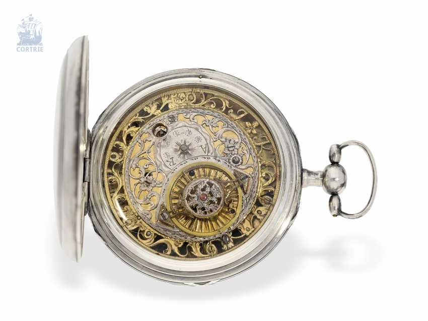 Pocket watch: unique, astronomical Spindeluhr with 3 complications and extremely rare plant decoration, probably Austria, around 1790 - photo 3