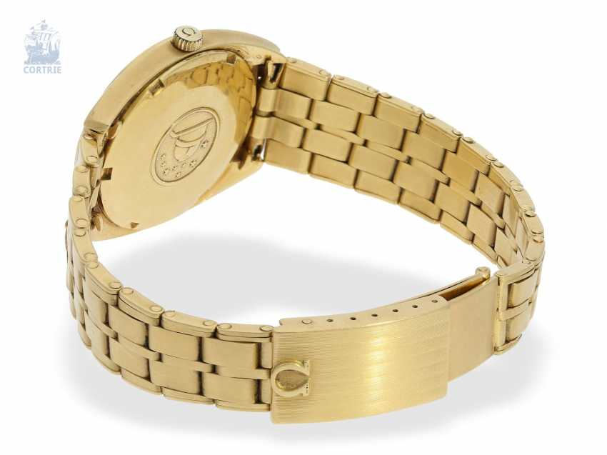"""Watch: a luxury version of a Omega Constellation Ref. 168027 from 1970 in 18K yellow gold with original box """"CHRONOMETER"""" - photo 2"""