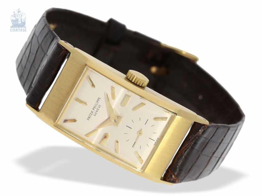 Watch: elegant, rare Patek Philippe men's watch with pyramid glass, Ref. 425, Geneva, 1945, very good condition - photo 1