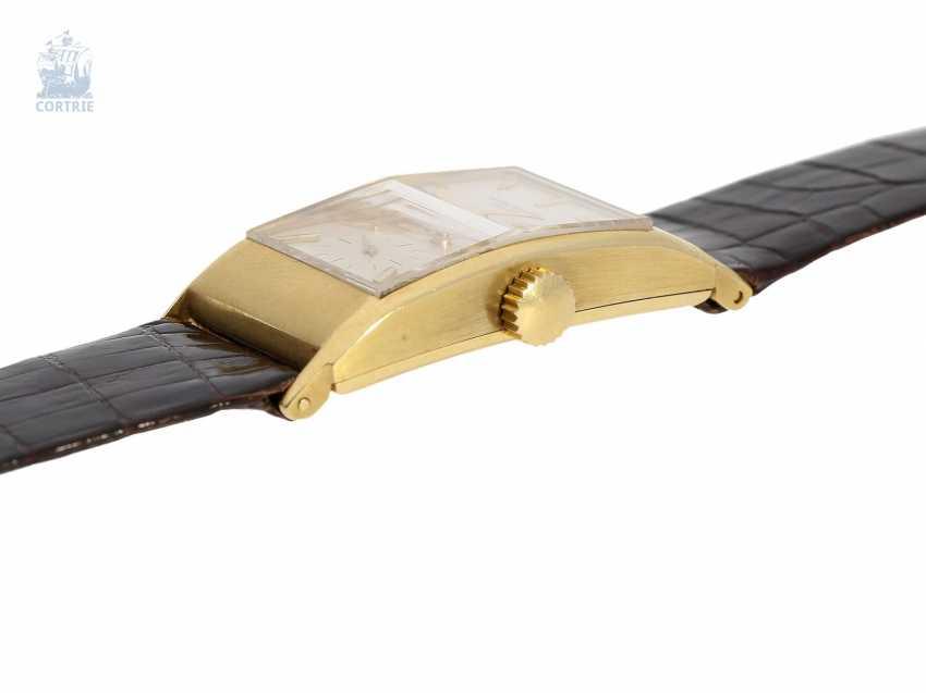 Watch: elegant, rare Patek Philippe men's watch with pyramid glass, Ref. 425, Geneva, 1945, very good condition - photo 2
