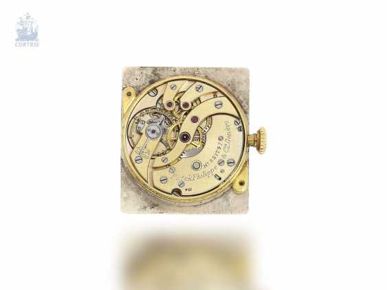 """Watch: extremely rare """"oversize"""" Patek Philippe men's watch with a very rare form of the housing """"Rectangular Tortoise-Shape"""" No. 821747, Geneva, 1929, with the master excerpt from the book - photo 3"""