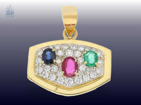 Pendant: a decorative gold wrought pendant with high quality color stones and diamond trimming - photo 2
