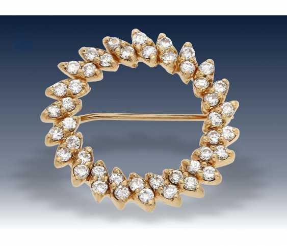 Brooch: gold, petite vintage diamond brooch, approx 0,88 ct - photo 2