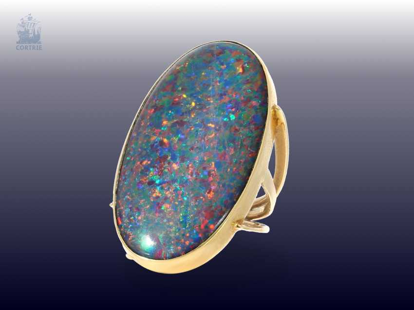 Ring: very nice, striking vintage opal ring with an exceptionally large Opal, gold-wrought work - photo 1