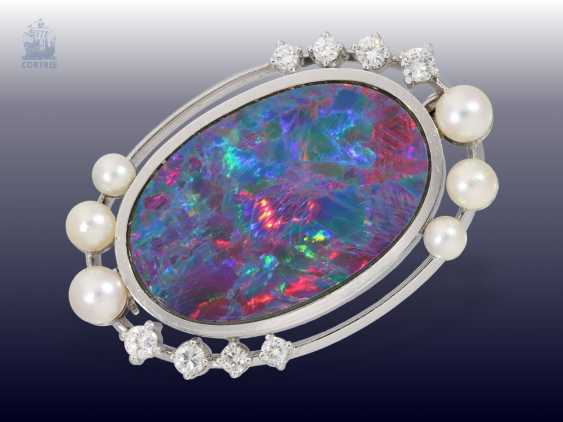 Brooch: high quality vintage gold work, wrought, high-quality large Opal, and pearls and diamonds - photo 1