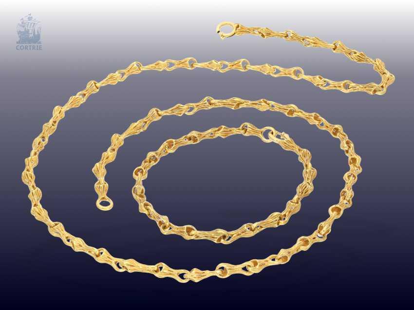 48795bb88d9 Chaîne Bracelet  original et magnifiquement travaillé vintage Designer  Chaîne
