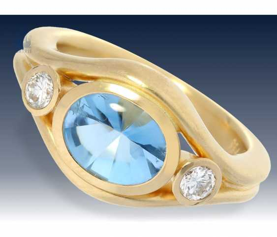 Ring: modern, solid, and exceptionally crafted aquamarine/brilliant gold wrought ring of outstanding quality - photo 1