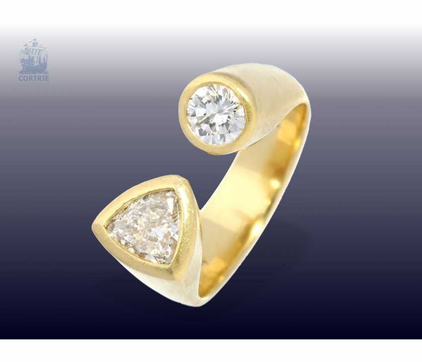 Ring: modern and interesting handmade gold ring with diamonds, 18K Gold, unique design work, wrought - photo 1