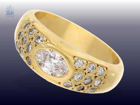 Ring: heavy, very beautiful and valuable diamond-gold forged ring, 1ct diamonds - photo 1