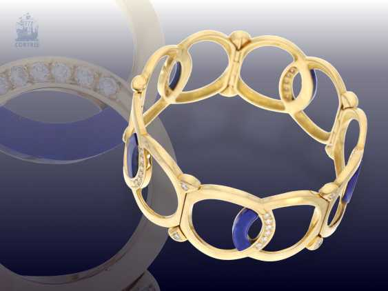 Bangle: wide, exceptionally-crafted Designer gold bangle with lapis lazuli and fine brilliant, trimmed, approx. 1,54 ct - photo 1