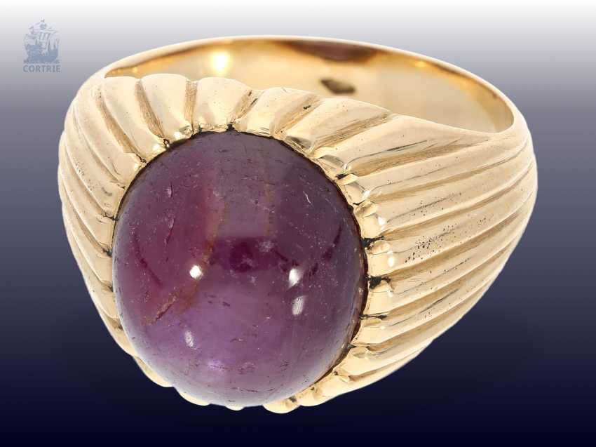 Ring: massive, vintage gold wrought ring with large star ruby of approx. 12ct - photo 1