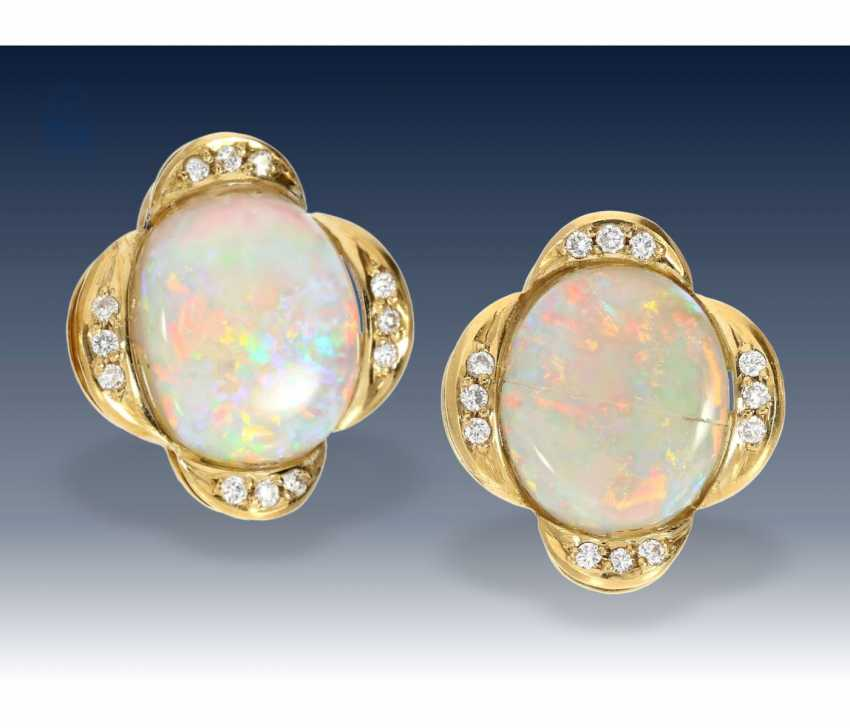 Earrings: extremely beautiful and formerly very expensive Opal/brilliant-clip-on earrings, including a valuation report - photo 1