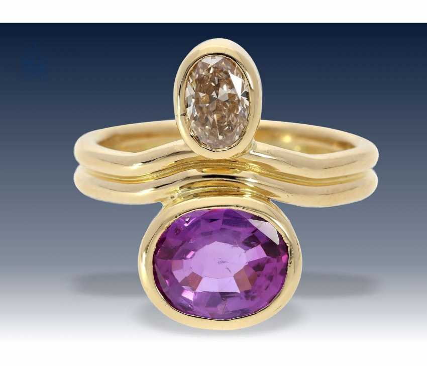 Ring: exquisite gold wrought ring with diamond approx 0,78 ct, and rare, natural, untreated sapphire with a rare play of color, approx 2,75 ct - photo 2