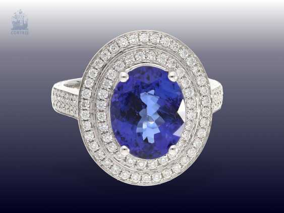 Ring: fine, a very attractive gold ring with high quality tanzanite and fine diamonds blacksmith, in mint condition from operating resolution - photo 1