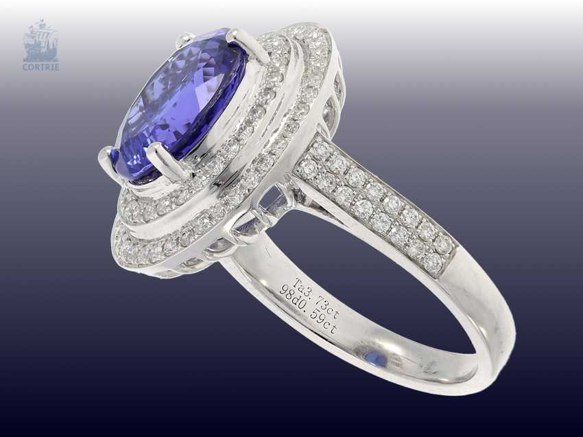 Ring: fine, a very attractive gold ring with high quality tanzanite and fine diamonds blacksmith, in mint condition from operating resolution - photo 2