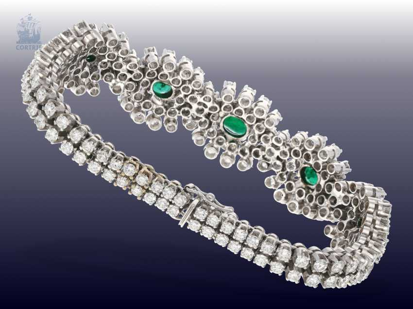 Bracelet: exclusive, and formerly very expensive vintage emerald/brilliant-gold forged bracelet, hand made with ultra-fine diamonds of together CA. 10ct - photo 2