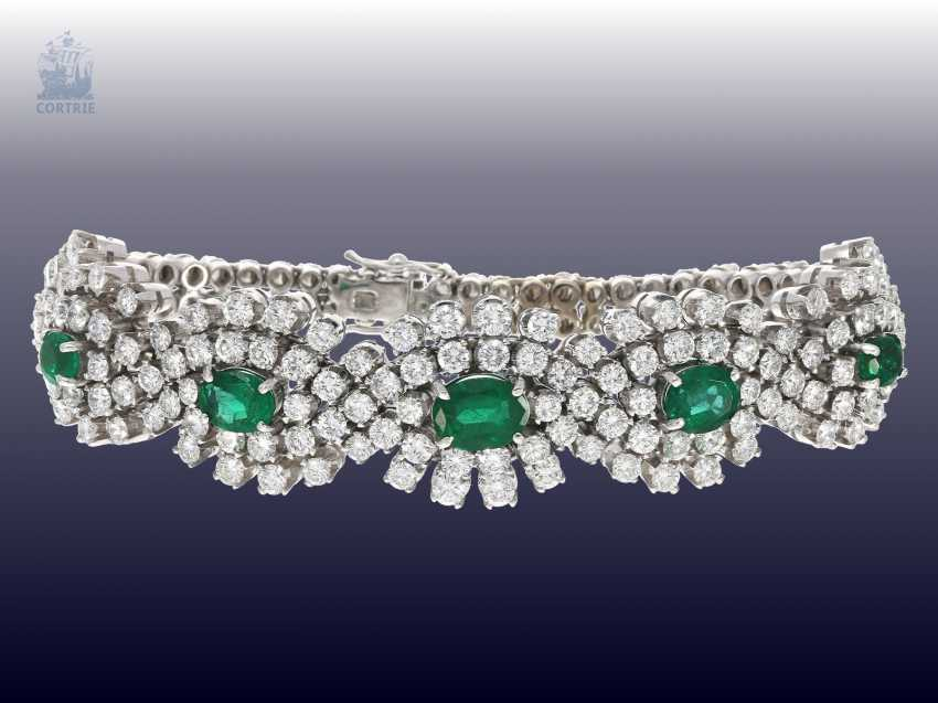 Bracelet: exclusive, and formerly very expensive vintage emerald/brilliant-gold forged bracelet, hand made with ultra-fine diamonds of together CA. 10ct - photo 4