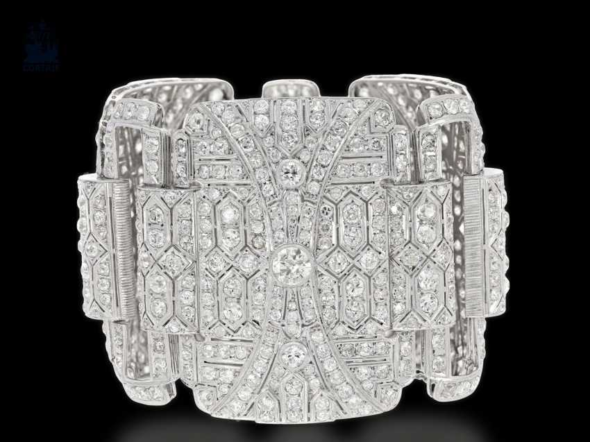 Bracelet: unique , extremely high quality and magnificent platinum bracelet, handmade, approx. 60ct of diamonds, probably from the Art Deco period, a current value appraisal - photo 3
