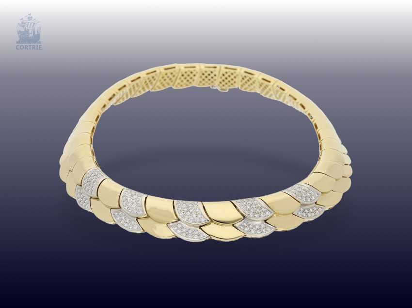 Necklace/Collier: elaborately crafted, exclusive brilliant necklace with approximately 1.5 ct of high quality diamonds, 18K yellow gold - photo 2