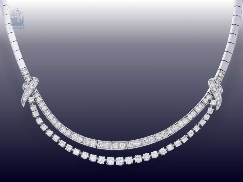 Chain/necklace: white gold, elegant, and formerly very expensive vintage brilliant diamonds, fine diamonds, together approx. 5ct, hand work 1960 - photo 1