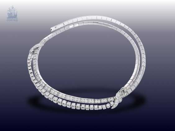 Chain/necklace: white gold, elegant, and formerly very expensive vintage brilliant diamonds, fine diamonds, together approx. 5ct, hand work 1960 - photo 2