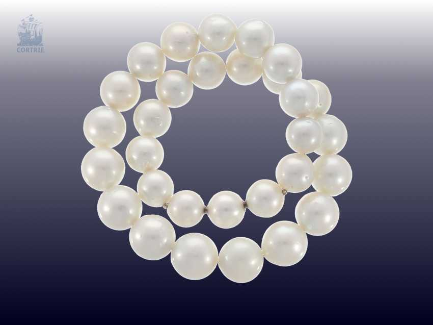 Necklace/Collier: very high quality, like-new cultured South sea clasp pearl necklace with built-in Nittel, NP. 10.000,-€ - photo 1