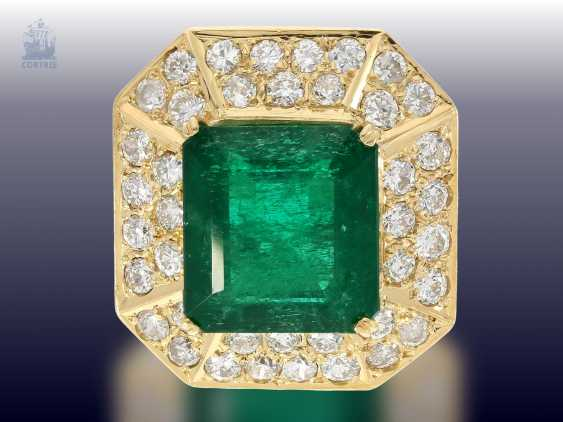 Ring: wide, unique and extremely high quality crafted vintage emerald/brilliant gold wrought ring, emerald approx. 9ct, diamonds approx. 3ct - photo 1