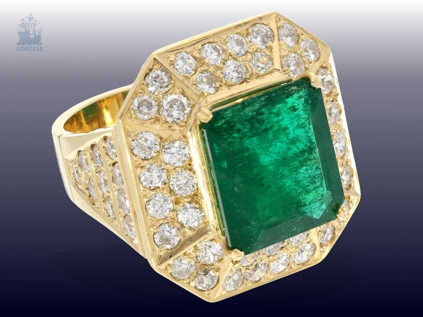 Ring: wide, unique and extremely high quality crafted vintage emerald/brilliant gold wrought ring, emerald approx. 9ct, diamonds approx. 3ct - photo 3