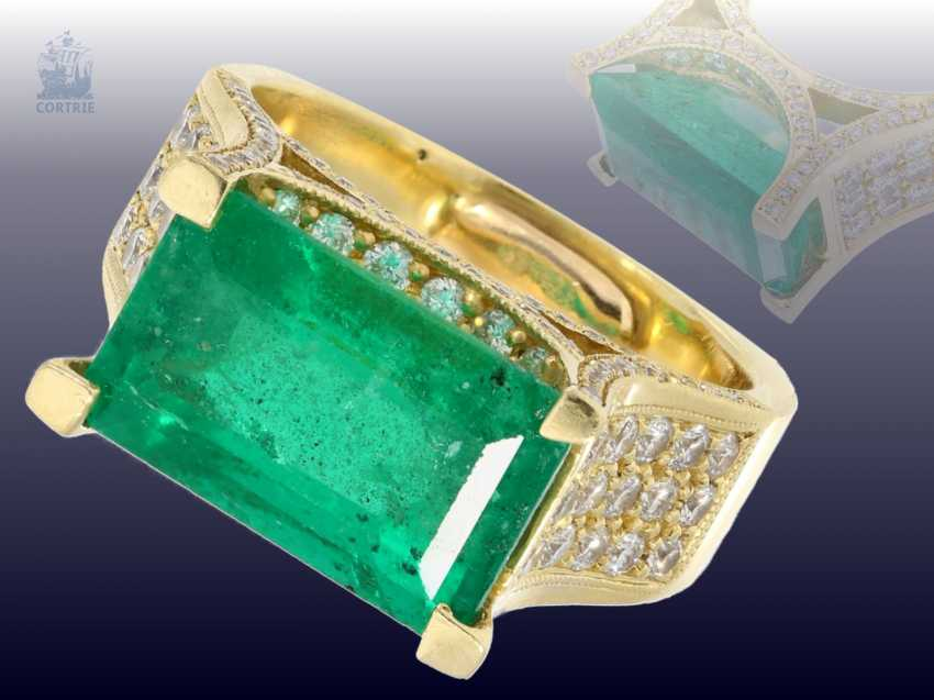 Ring: exclusive, formerly very expensive emerald/brilliant gold wrought ring, a single piece made of 18K Gold, emerald approx. 6ct - photo 1