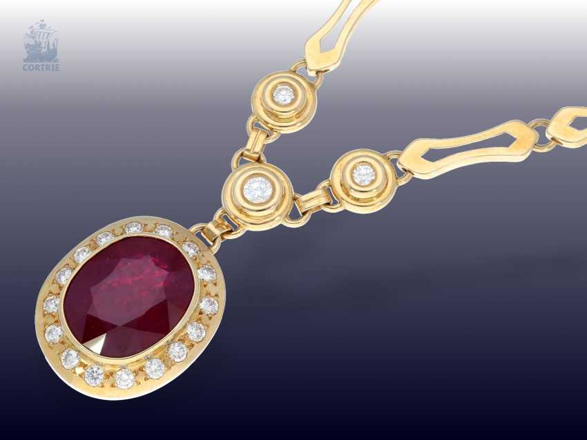 Chain/Ring/earrings/pendant: very high quality jewelry with rubies and brilliant-cut diamonds, a current value opinion for about 50.000€ - photo 2