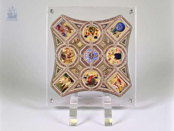 "Coin/coin edition: special edition Opus Magnificum ""Raffaelo Santi - Room of the Segnatura"", fine-silver-colored decorated, in mint condition with original box - photo 1"