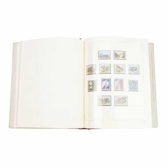 Iceland – Complete post a fresh collection of 1861/62-1993, - photo 1