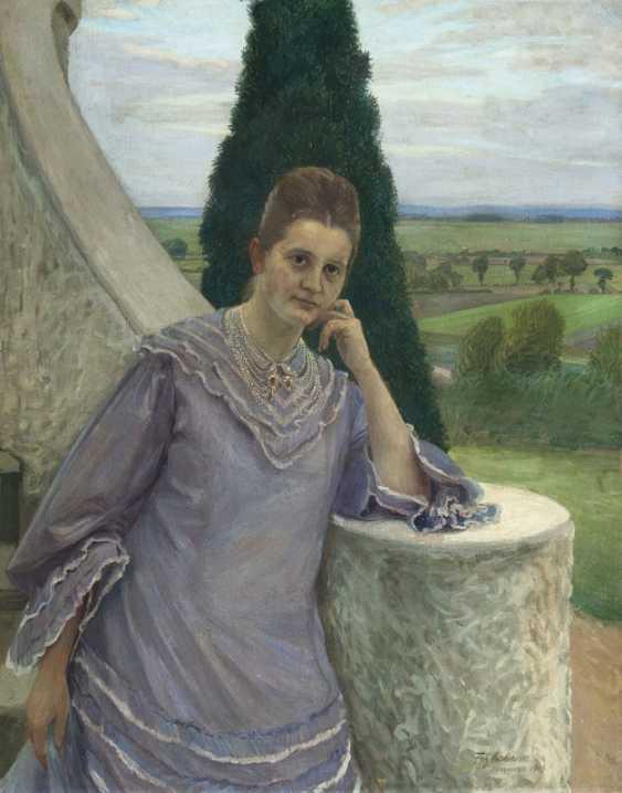 Margarethe Gocht in front of the Barkenhoff in Worpswede - photo 1