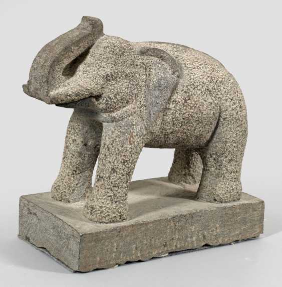 Indian temple figure of an elephant - photo 1