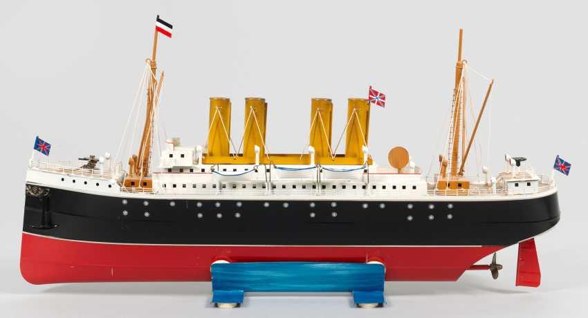 Model ship Kronprinz Wilhelm` by Tucher & Walther - photo 1