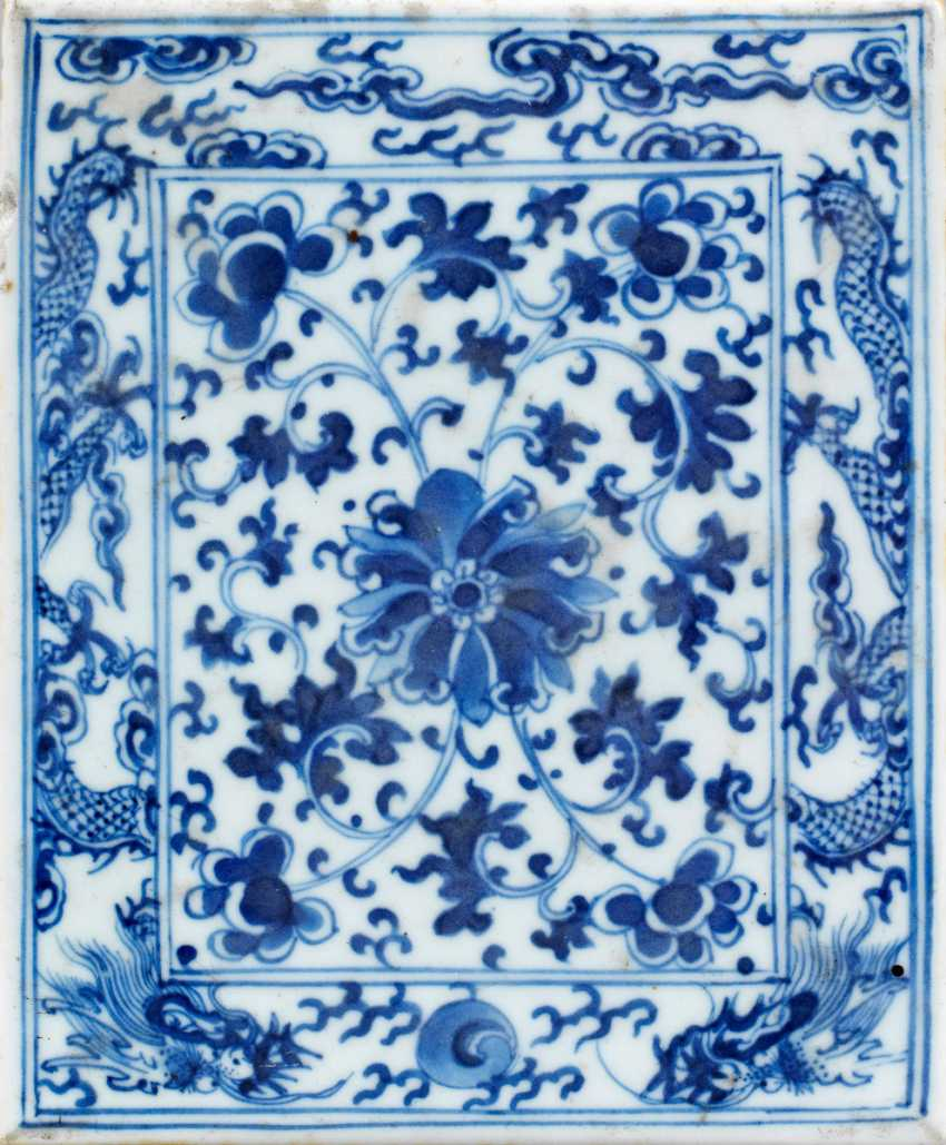 Blue-and-white panel with Lotus decor - photo 1