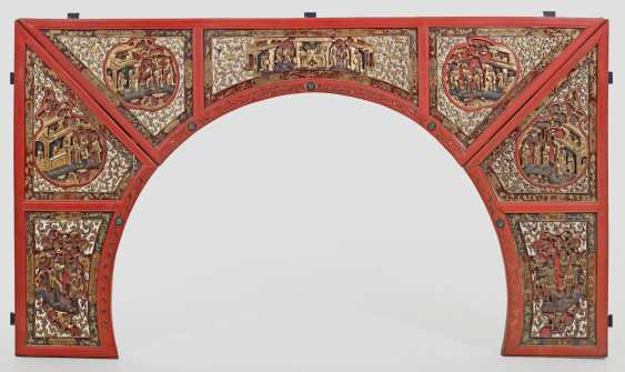 Large Element of a Chinese ceremonial bed - photo 1