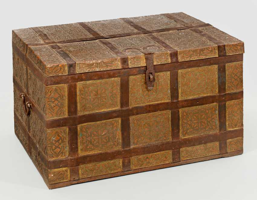 Large Travel Chest - photo 1