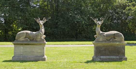 Pair Of Deer Sculptures - photo 1