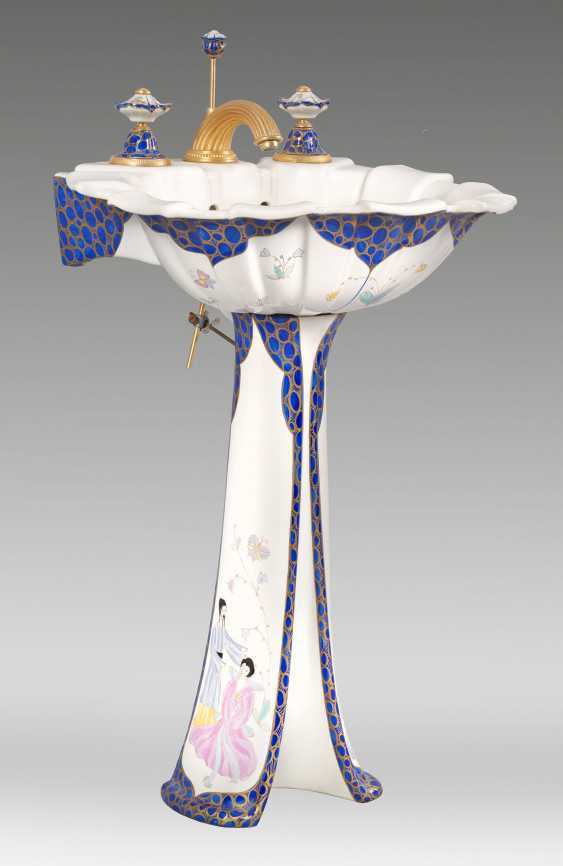 Design-wash-basin with Stand by Sherle Wagner - photo 1