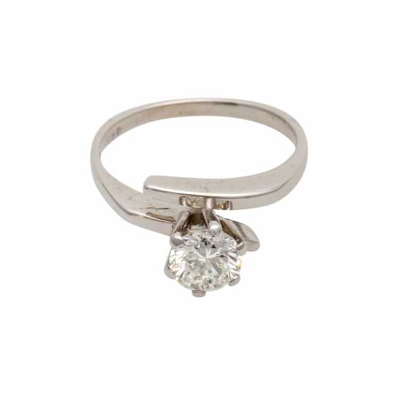 Solitaire ring with 1 diamond approximately 0.8 ct - photo 1